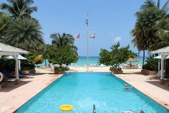 Caribbean Club: Pool