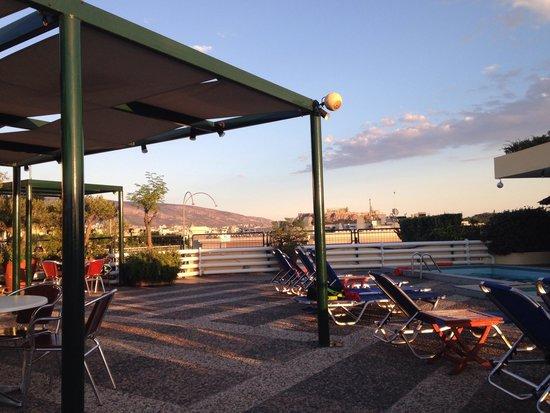 Stanley Hotel: Roof terrace