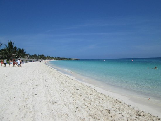 Melia Cayo Coco: Toda la playa para nosotros.-