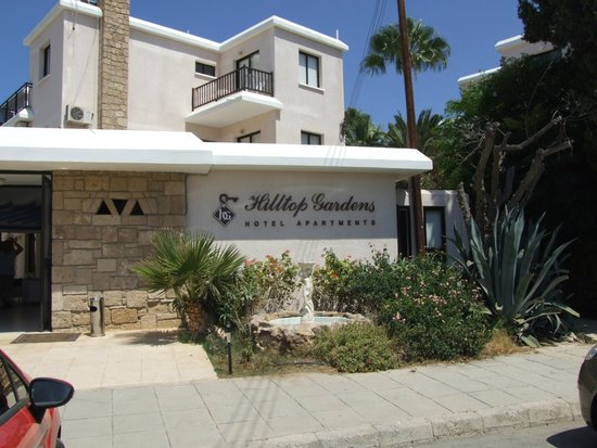 Hilltop Gardens Hotel Apartments : Main Building