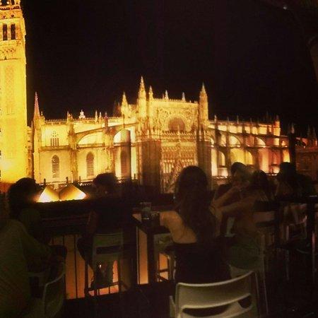 La Terraza Restaurante Panoramico de EME : Excelente para terminar a noite em Sevilha