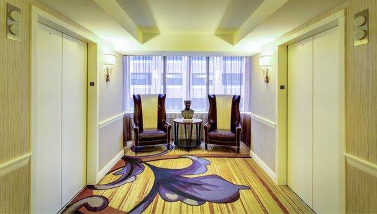 InterContinental New Orleans: Guestroom Elevator Landing