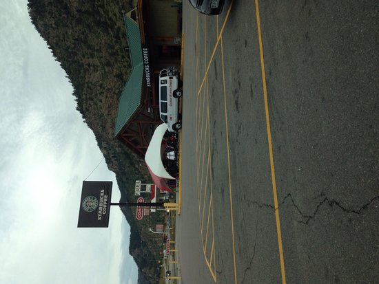 Starbucks Dumond colorado: getlstd_property_photo