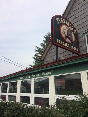 Flapjack's Pancake House : Outside