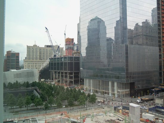 Club Quarters Hotel, World Trade Center: Looking North from the room