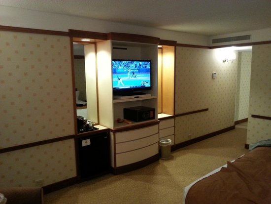 Bally's Atlantic City : TV in room
