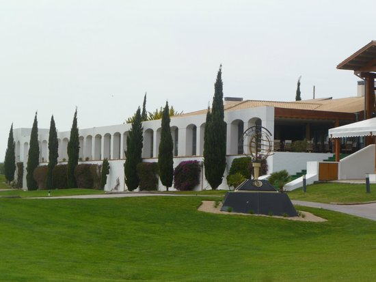 Oceanico Millennium Golf Course : Clubhouse