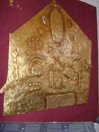 Convento de Santo Domingo: placa revestida en oro