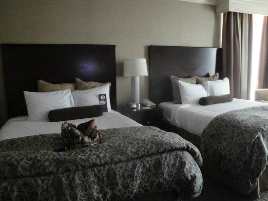 Omni Dallas Hotel at Park West : Room
