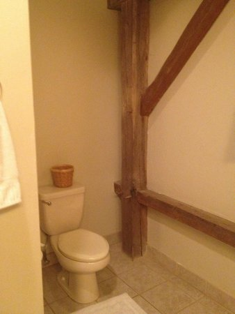 Glasbern Inn - Fogelsville / Allentown: Bathroom