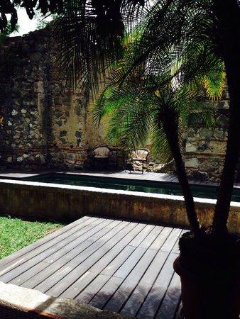 Hotel Cirilo: Vista desde dormitorios,