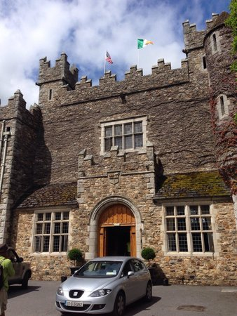 Waterford Castle Hotel & Golf Resort: Beautiful, quaint castle.