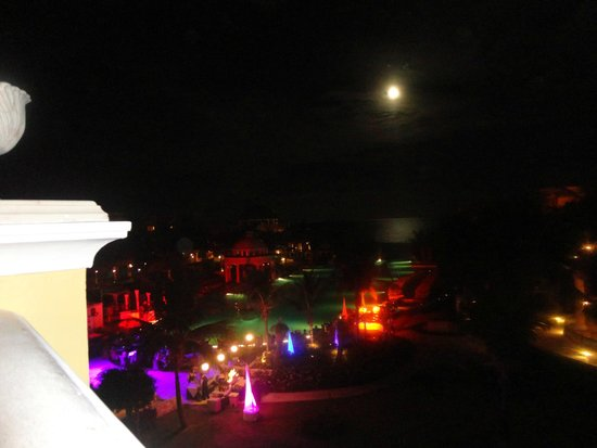 Iberostar Grand Hotel Paraiso: Full moon each time we have visited
