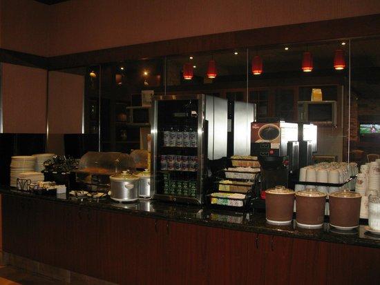 Quality Inn & Suites Levis : breakfast