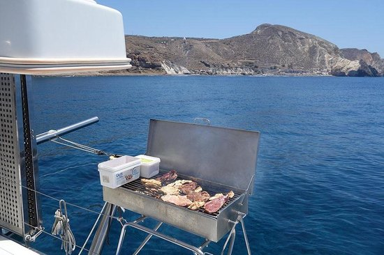 Sunset Oia Sailing - Day Tour: BBQ time