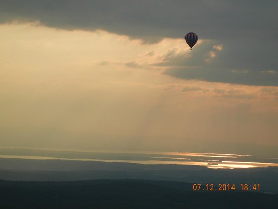 Above Reality Inc. Hot Air Balloon Rides: Captured the other balloon during the sunet