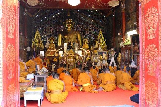 Untouched Thailand : Doi Suthep temple