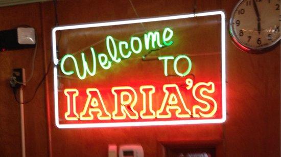 Iaria's Italian Restaurant: Atmosphere