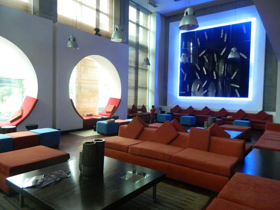 Radisson Decapolis Hotel Panama City: Lobby del hotel