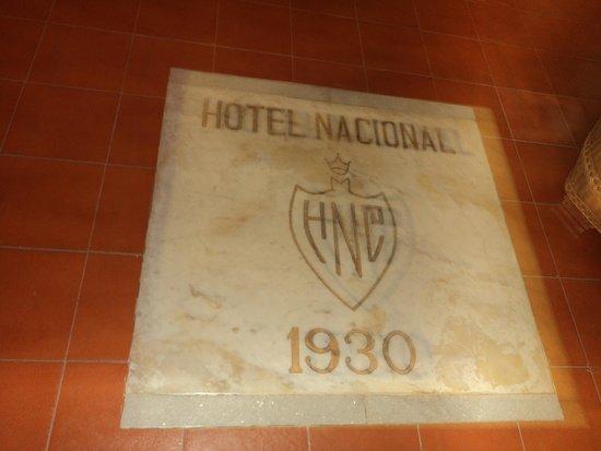 Hotel Nacional de Cuba: placa na entrada no chão