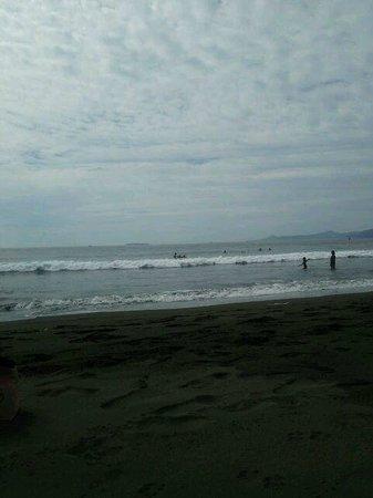 Yugawara Beach: 湯河原(吉浜)海水浴場