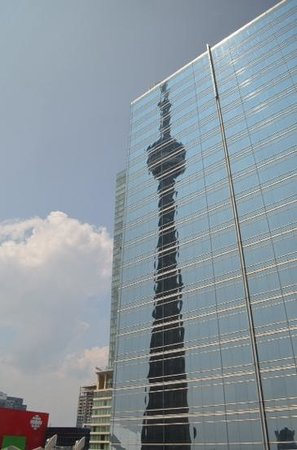 InterContinental Toronto Centre: Reflection of CN Tower taken from our room.  It's that close!