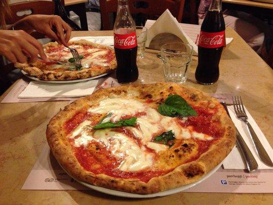 Ciro Oliva Concettina ai Tre Santi : Pizza Margherita