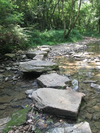 Shaker Village of Pleasant Hill: continuing on the trail over the creek