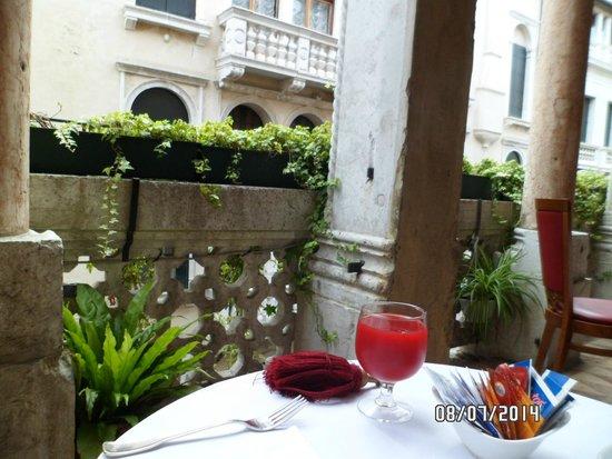 Hotel Dona Palace: Desayunador del hotel