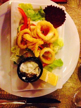 China Town Restaurant: Calamari - amazing starter!