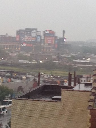 Marco LaGuardia Hotel by Lexington: You can see Citi Field from my room