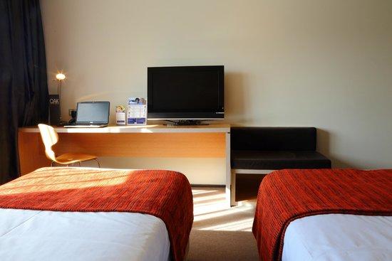 Alpha Hotel Eastern Creek : Deluxe Twin Room
