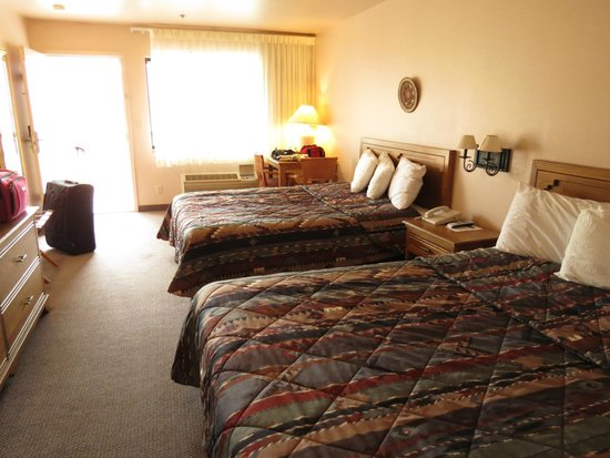 Affordable Inn of Capitol Reef: room