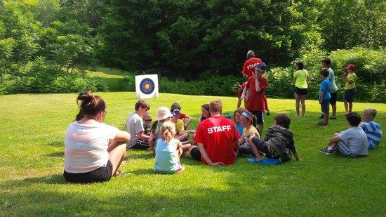 Severn Lodge : Kids club - Archery