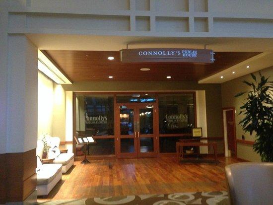 Hilton Boston Logan Airport: Connolly's Public House - Good Bar