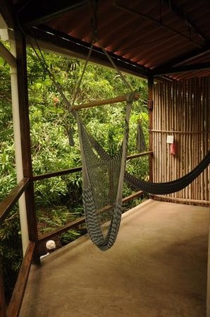 La Via Verde - Organic Farm and B&B: hamacs sur balcon de chambre