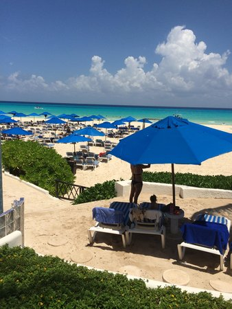 The Reef Coco Beach: Beach