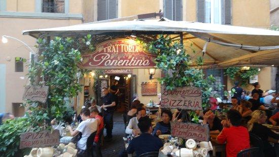 Gourmetaly Food Tours: Trastevere