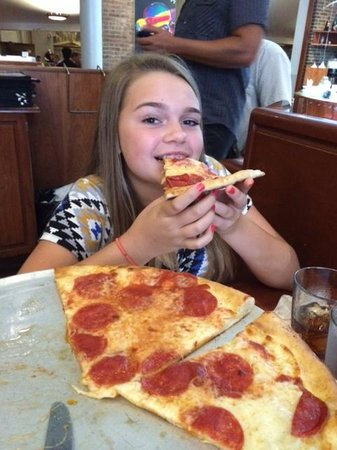 John's of Times Square : Best Pizza per my teenagers