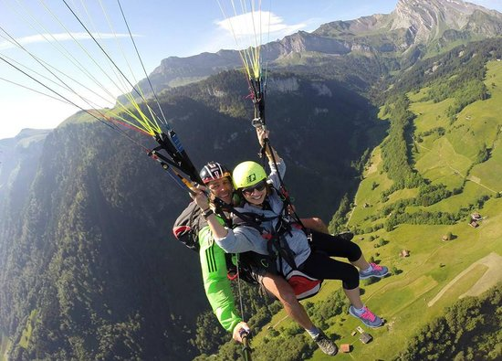 Paragliding Luzern: Paragliding off the mountain