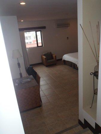 Hotel Presidente: View from door
