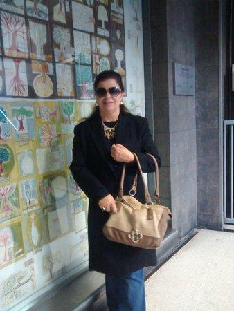 Best Western Premier Marina Las Condes: Facilidade em acessar o metro