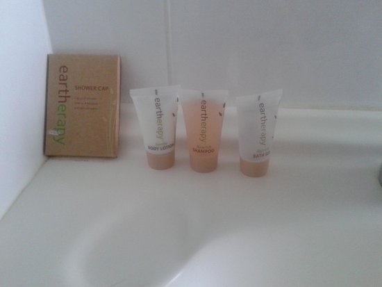 Coolum Caprice Luxury Holiday Apartments: toiletries smelled fresh and lovely