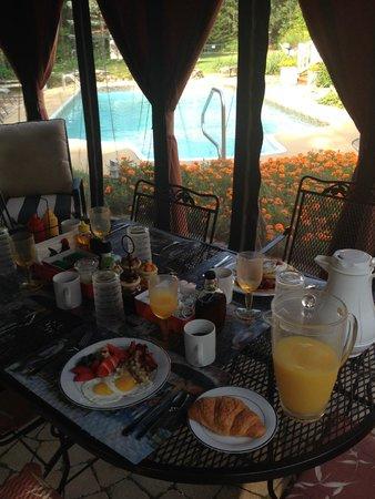 Le Septentrion B&B: breakfast