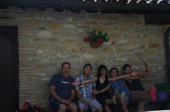 La Tavola Marche Agriturismo & Cooking School: We had a great time here at La Tavola!