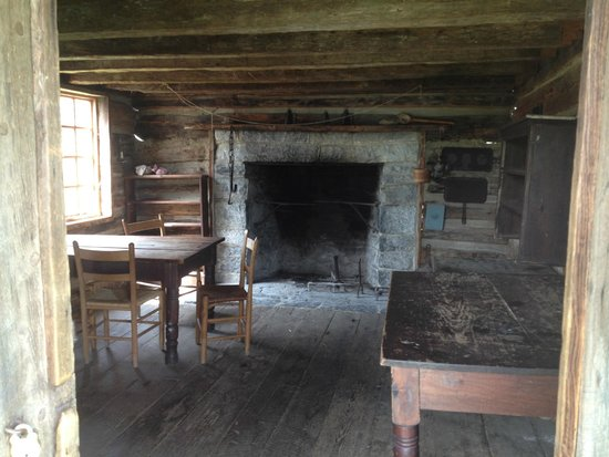 Virginia Museum of the Civil War: Kitchen of Bushong Farm