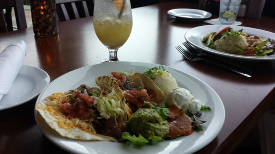 Pusser's Caribbean Grille: Fish Taco's