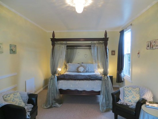 Cotswold Cottage : Neatherwood Suite