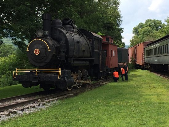 Dont Miss This Train Review Of Delaware Ulster Railroad
