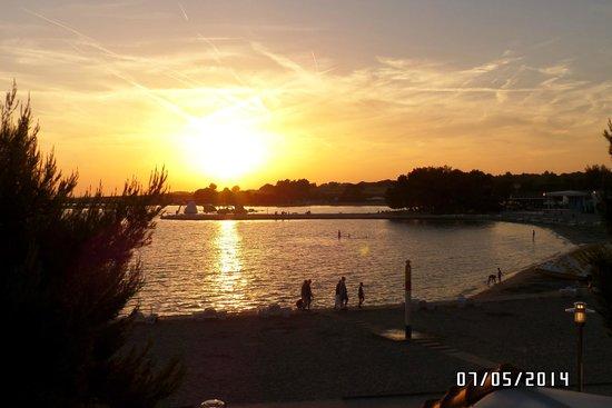 Zaton Holiday Resort: sunset